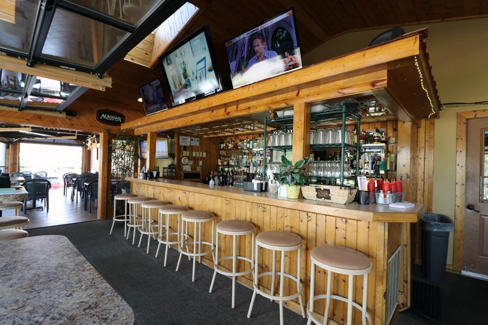 Lansing Sports Bar